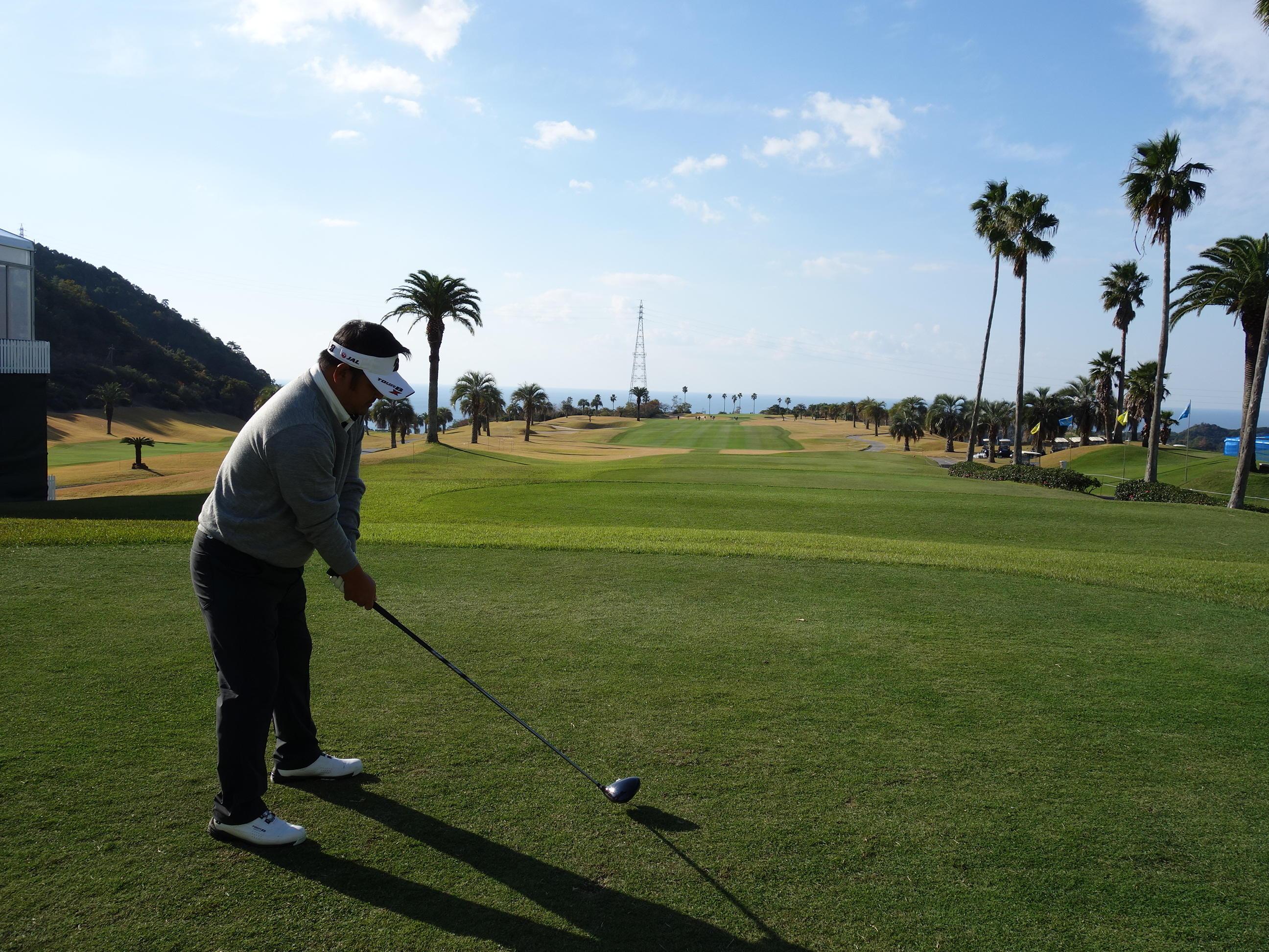 http://www.bs-golf.com/pro/5cbec443d8fd3fa89d7f8fe4473ab6e3d7d02fe2.JPG