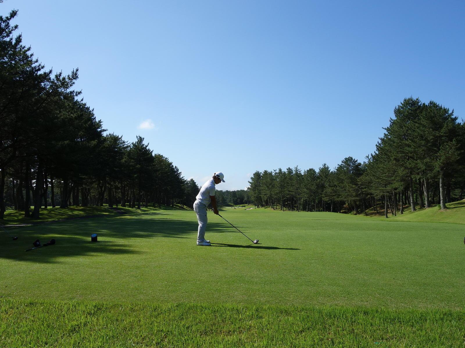 http://www.bs-golf.com/pro/8dbaca51f25a51a619205414a4ec2f7928ec976f.JPG