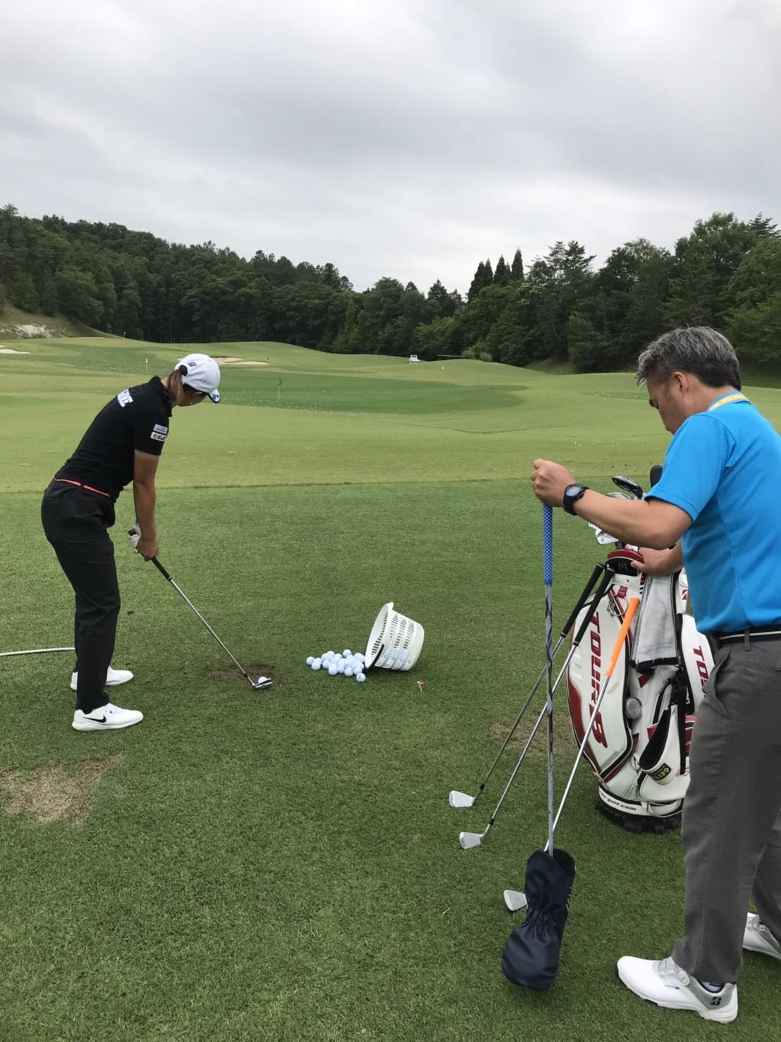 https://www.bs-golf.com/pro/9cb862e18f42a7d9a292c683edcb906554aab8d0.JPG