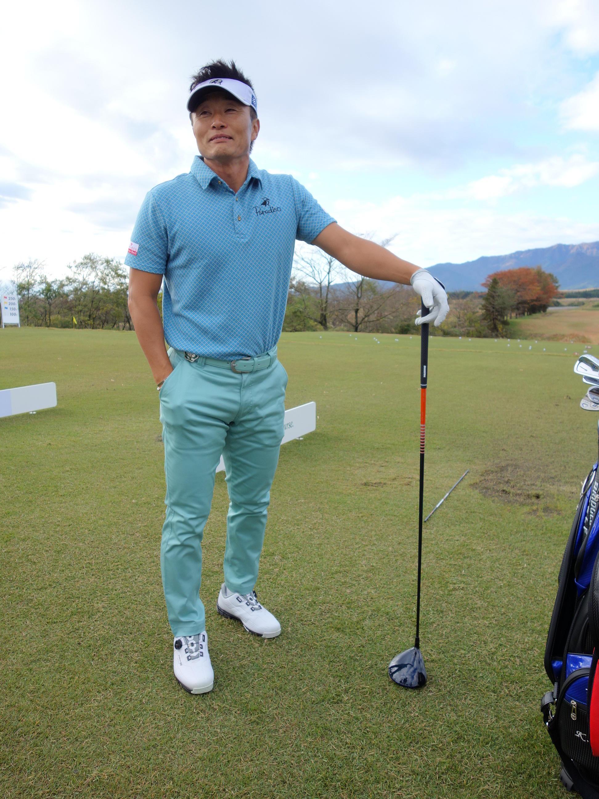 http://www.bs-golf.com/pro/ef0e5d91cbba9266d1ec40331fa2a31353125a45.JPG